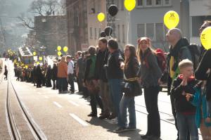 2011-03-12 Anti-AKW-Menschenkette von Stuttgart nach Neckarwestheim3