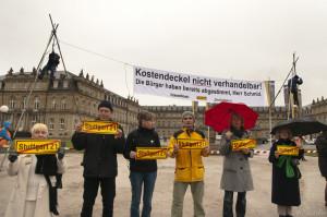 2012-11-27 Banneraktion vor dem Finanzministerium BW, Stuttgart